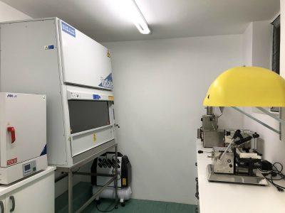 Laboratorio Angera particolare cappa citotossici